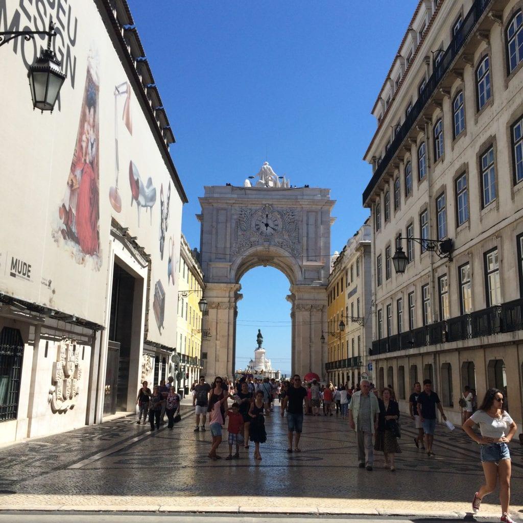 Rua-augusta-turismo-em-lisboa