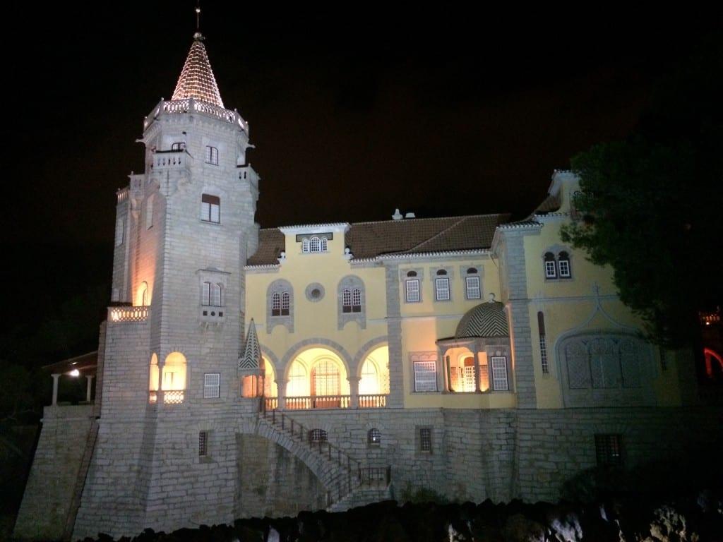 cascais-portugal-noite