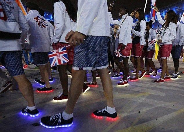 Tenis-com-luz-led-olimpiadas