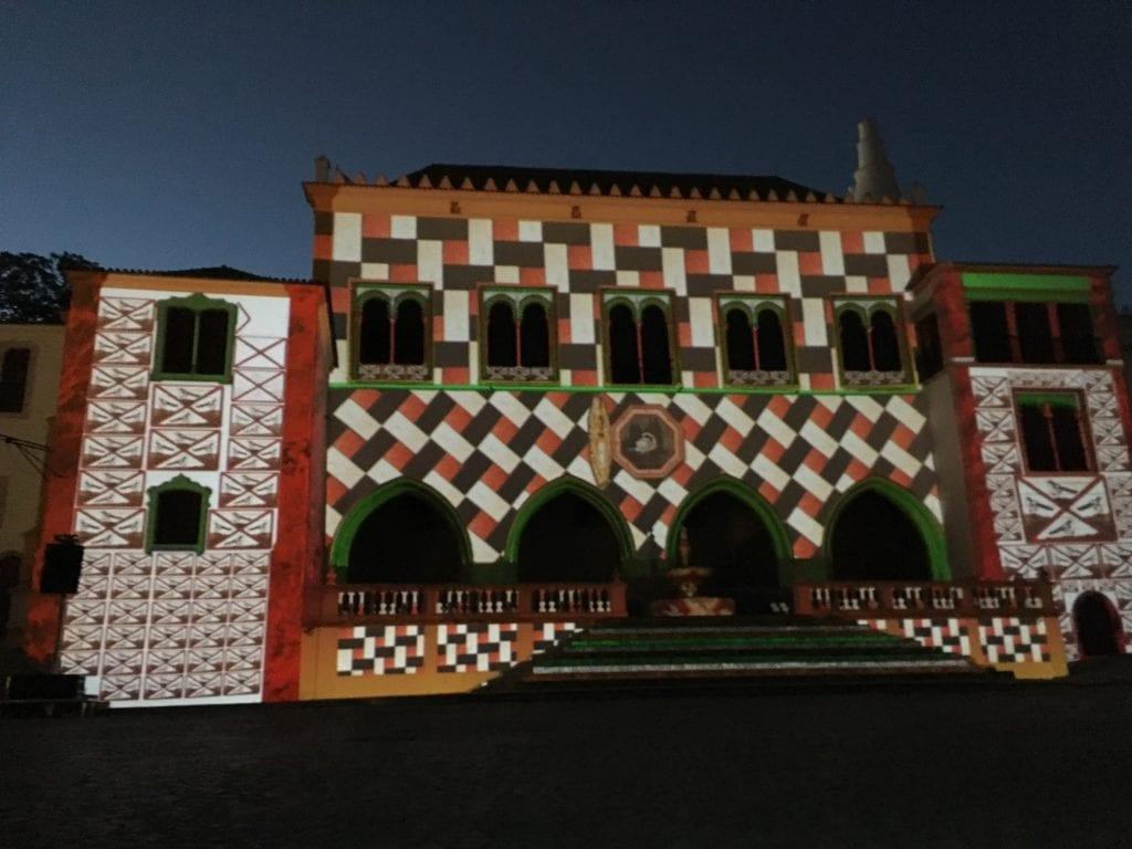Outro momento do video mapping no Palácio Nacional de Sintra