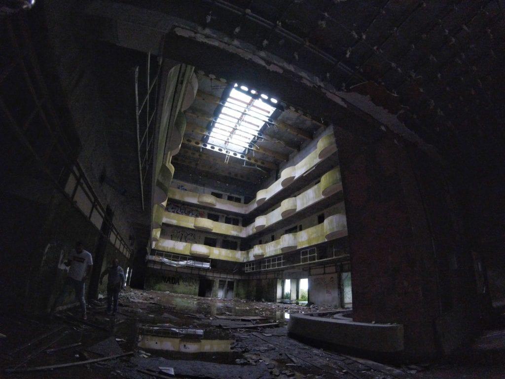 Hotel Abandonado nos Açores