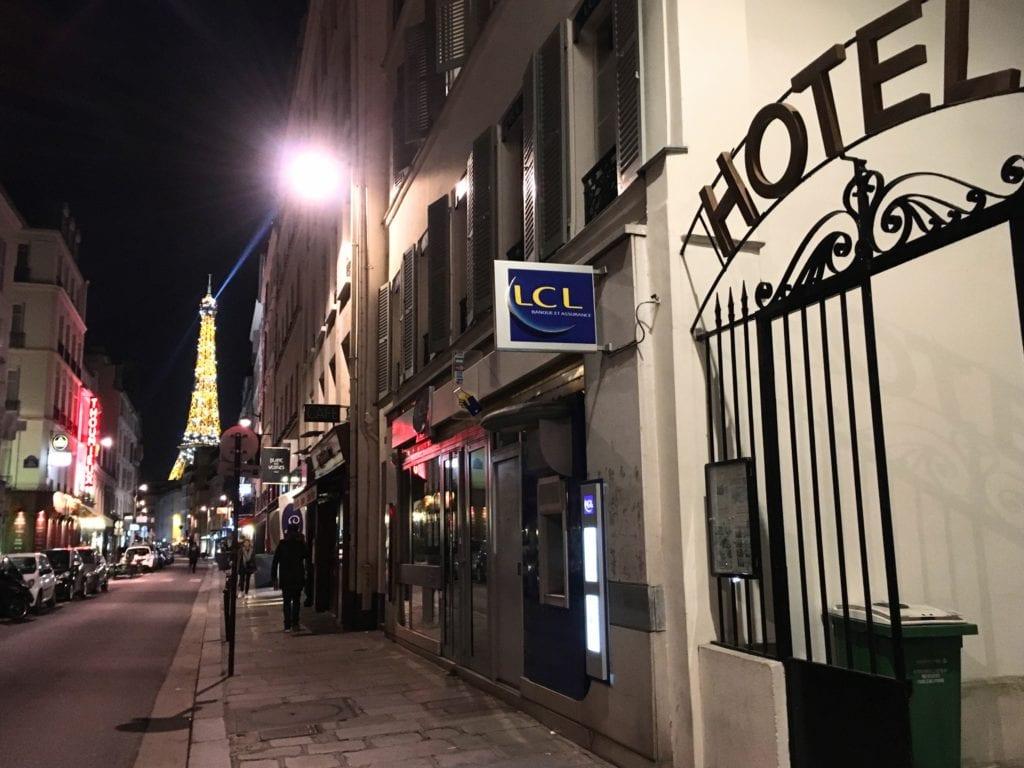 Hotel em Paris perto da Torre Eiffel