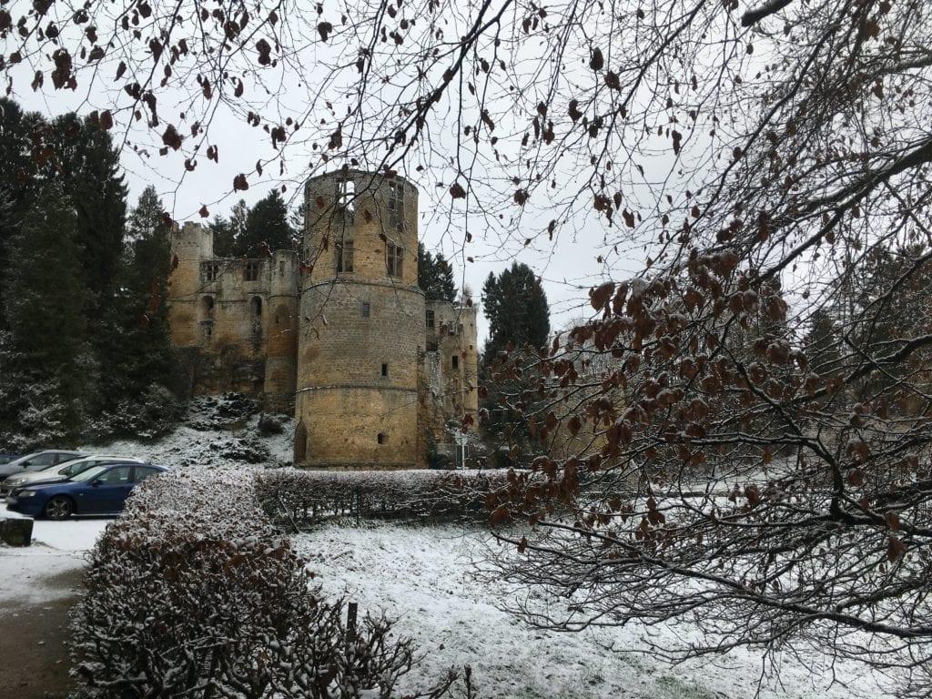 Castelo de Beaufort em Luxemburgo