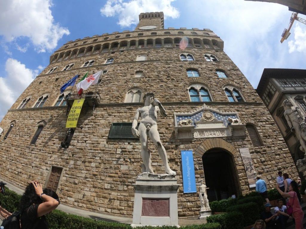 David, de Michelangelo em Firenze
