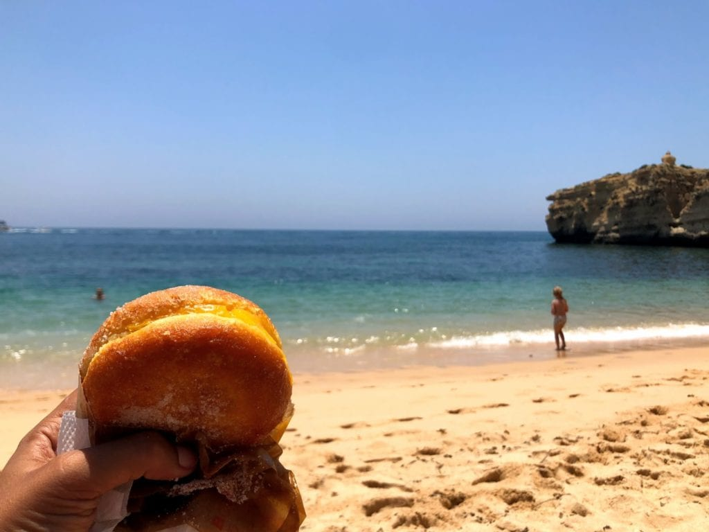 Bola de Berlim, Algarve, Portugal