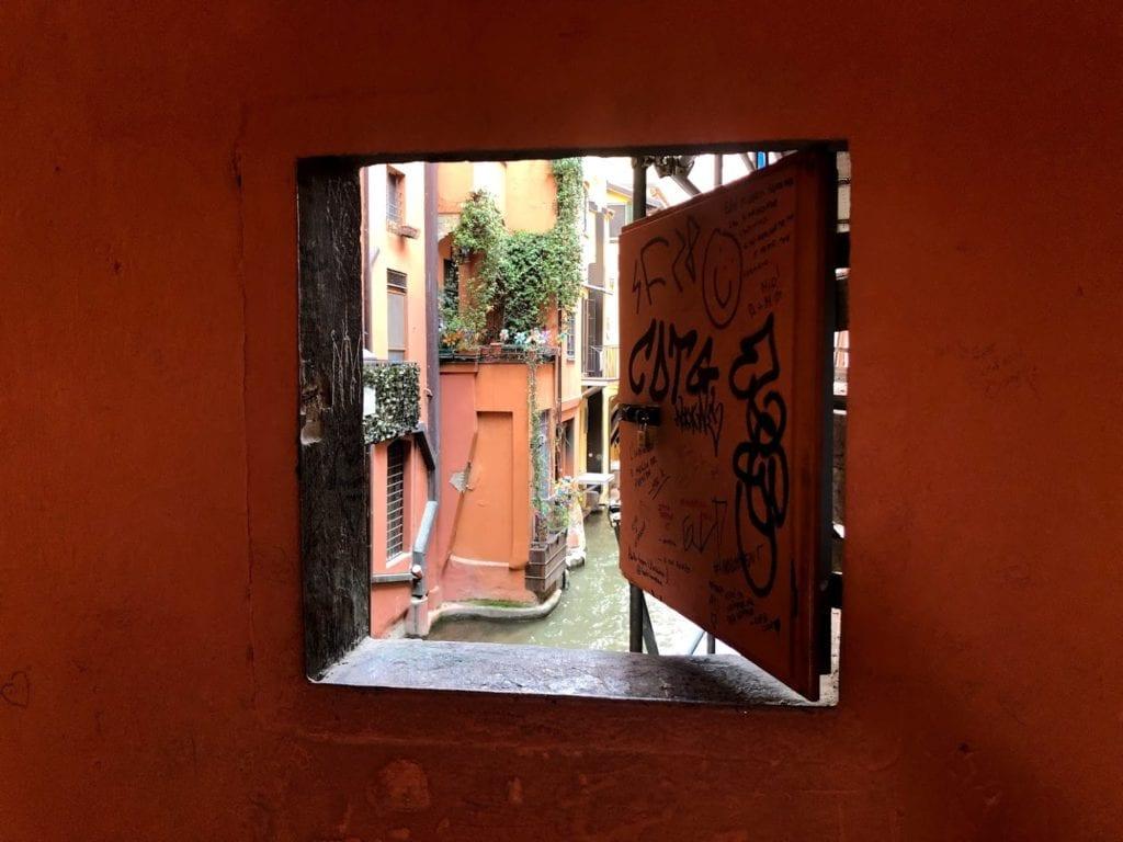 O que visitar em Bolonha: Finestrella