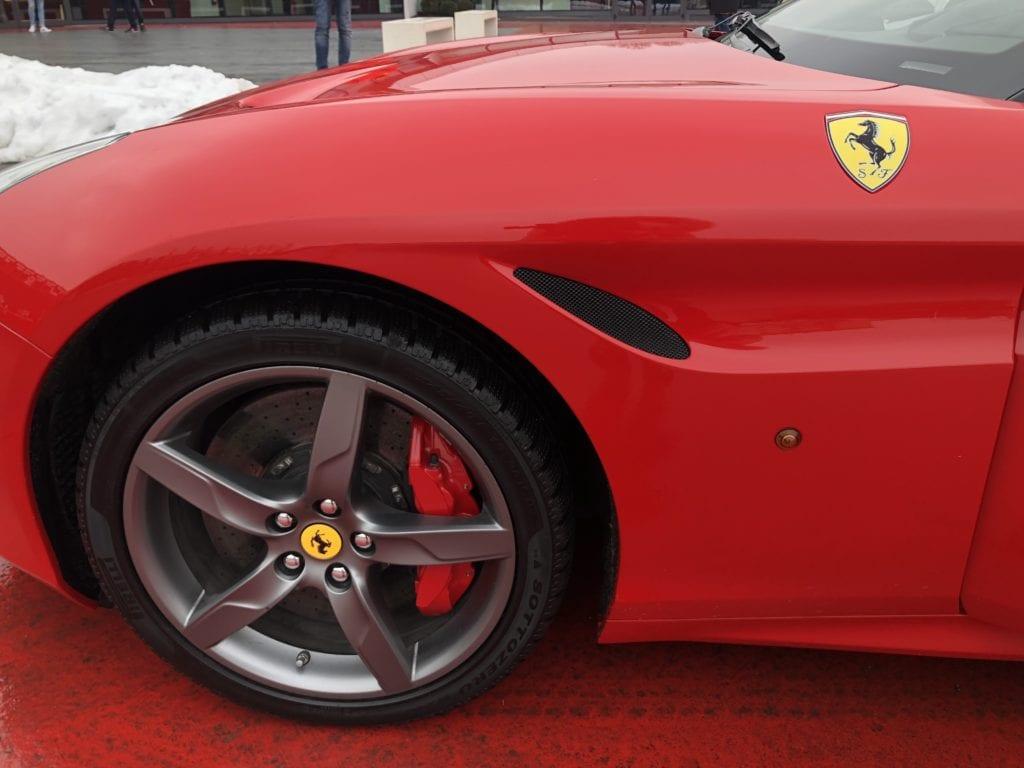 Test Drive Ferrari em Maranello