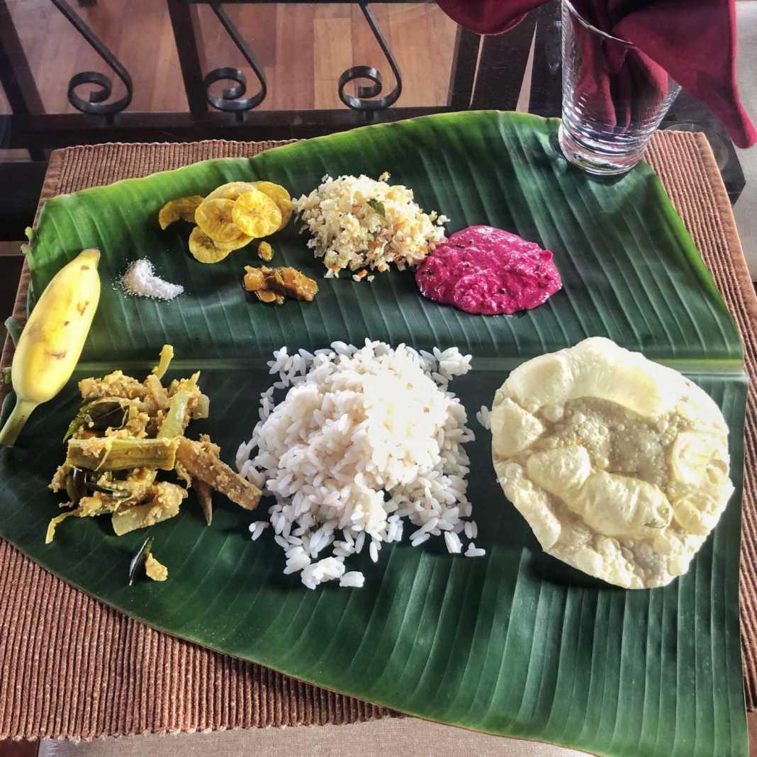 Sadya, comida de Kerala, Índia