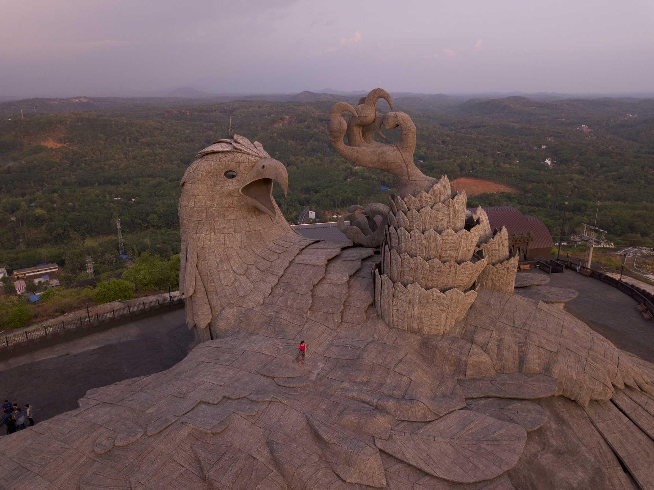Jatayu Earth Center, maior estátua de águia do mundo