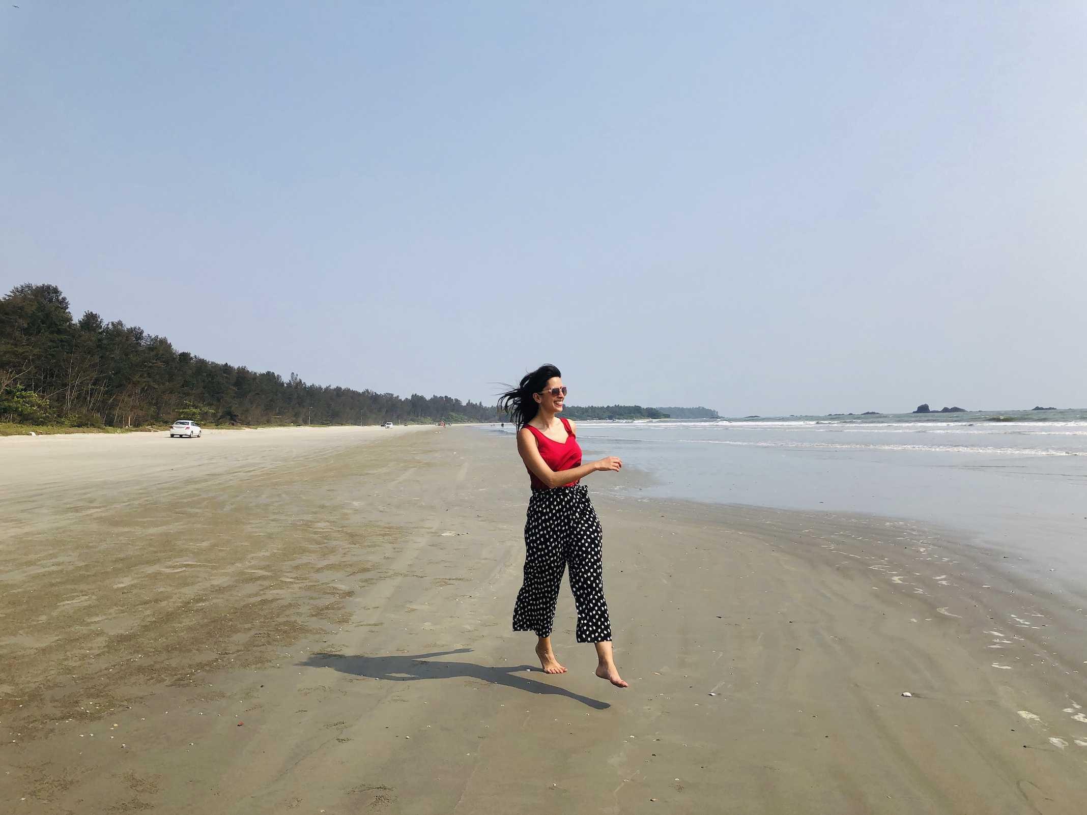 Praia na Índia: Muzhupilangad drive-in beach