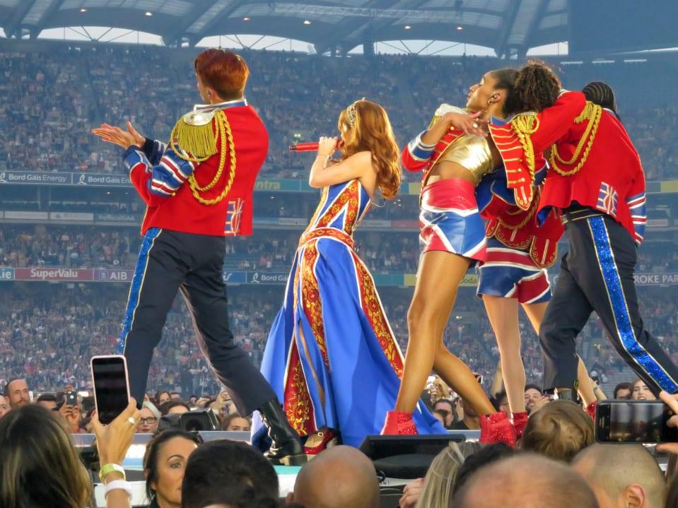 Roupa das Spice Girls