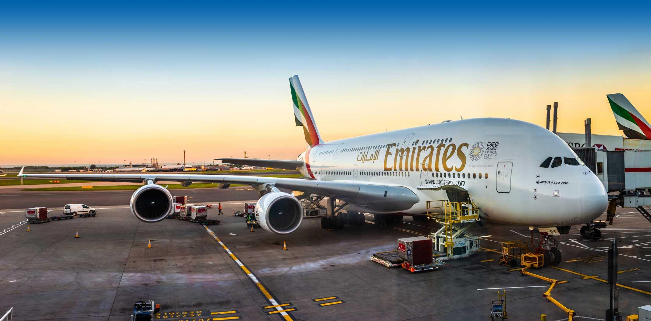 Como é voar de Emirates