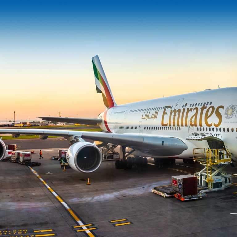 Como é voar de Emirates?