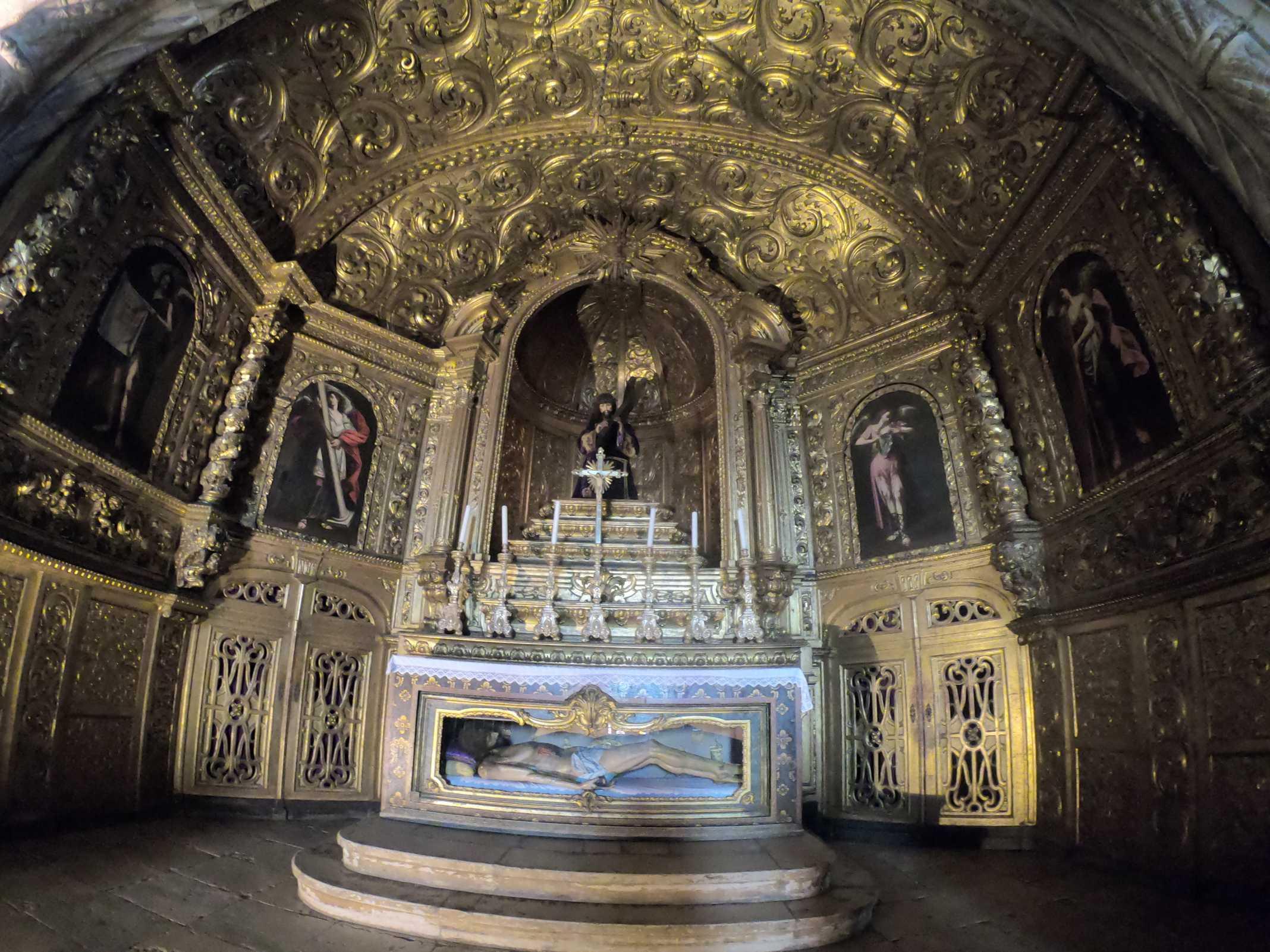 Capela dentro da Igreja do Mosteiro dos Jeronimos