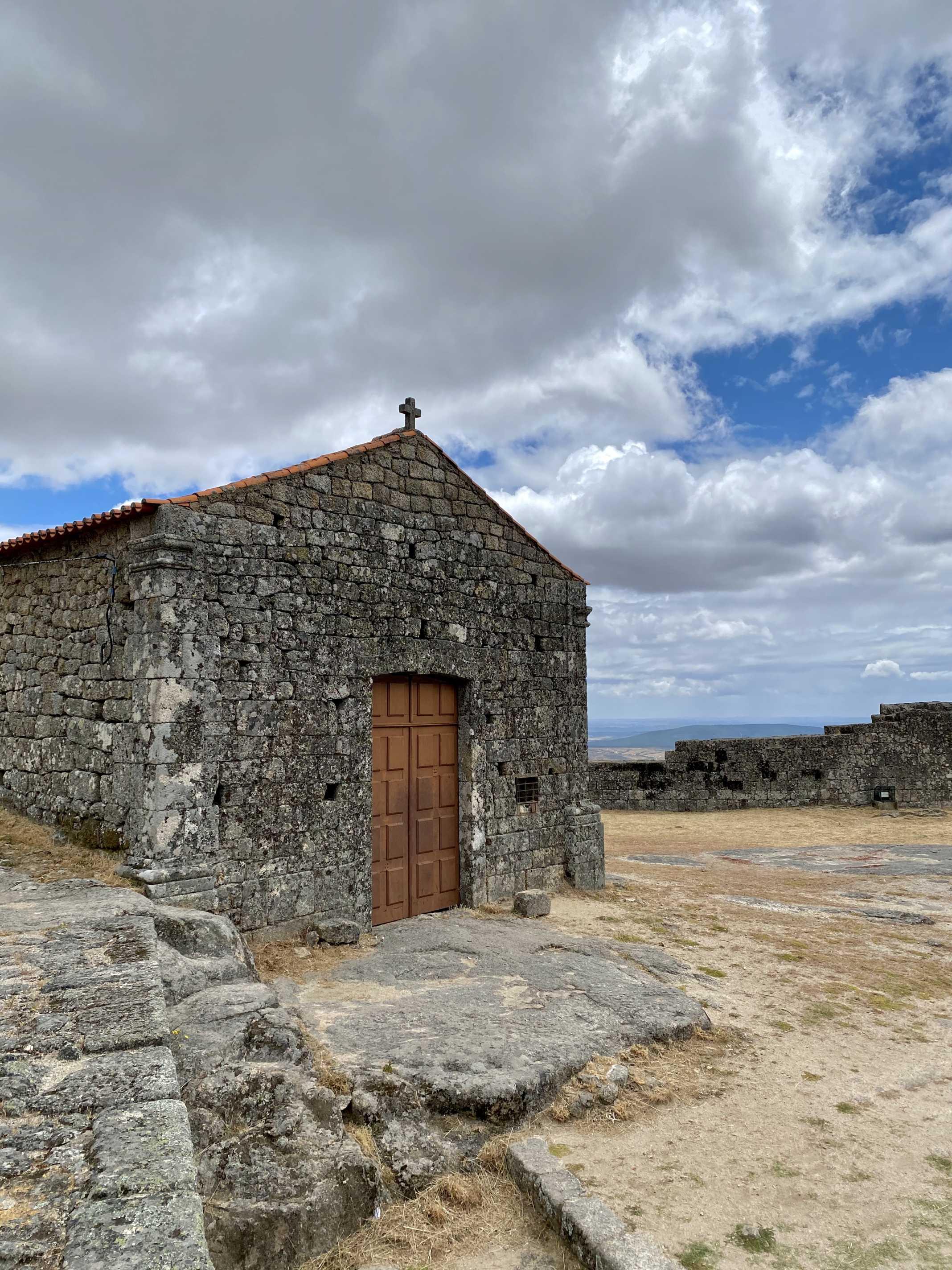capela castelo monsanto