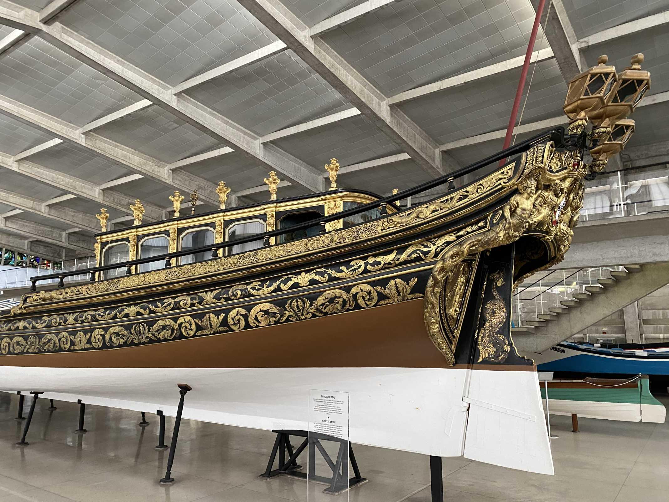 embarcação familia real portuguesa