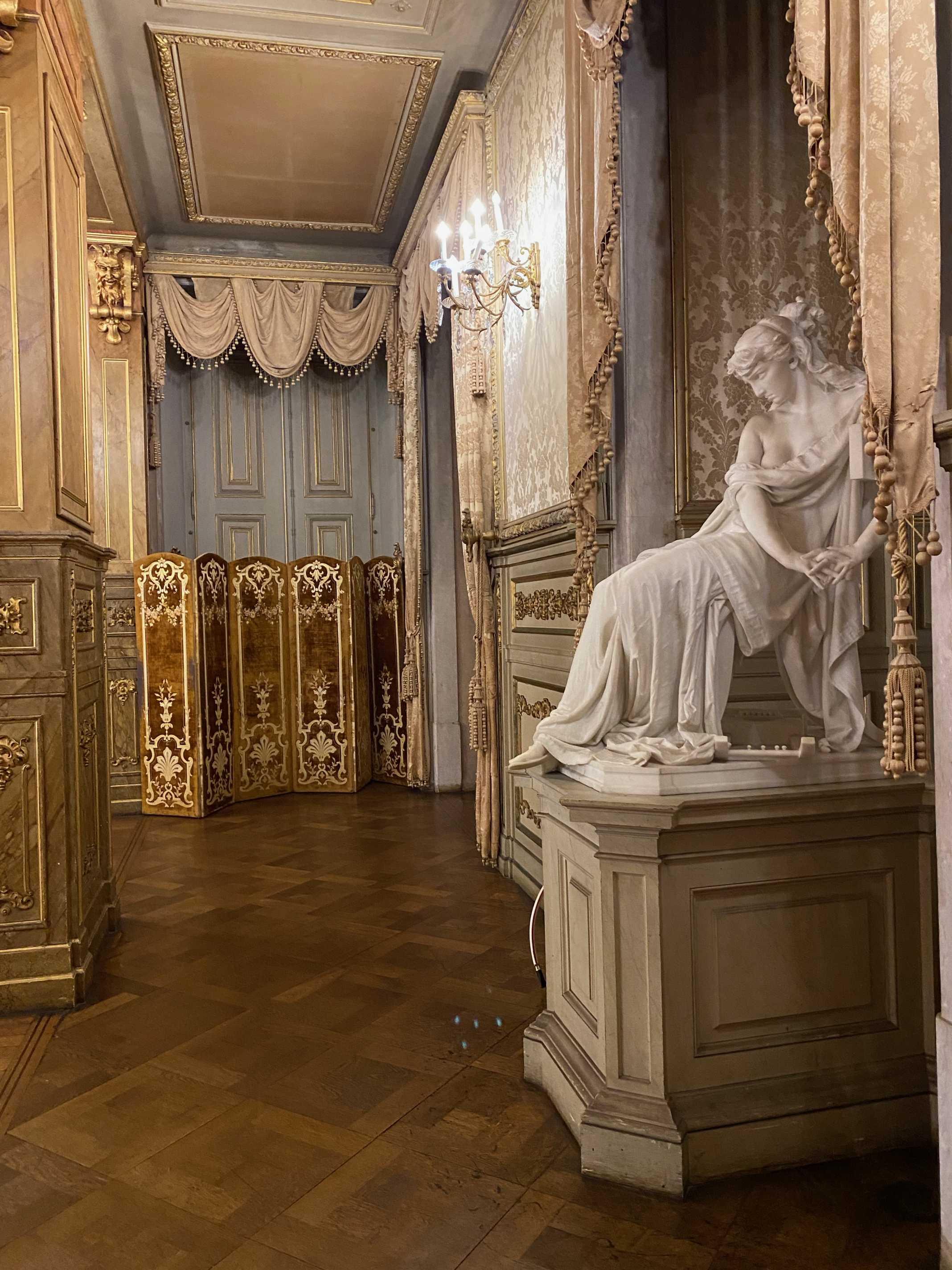 esculturas palacio belem