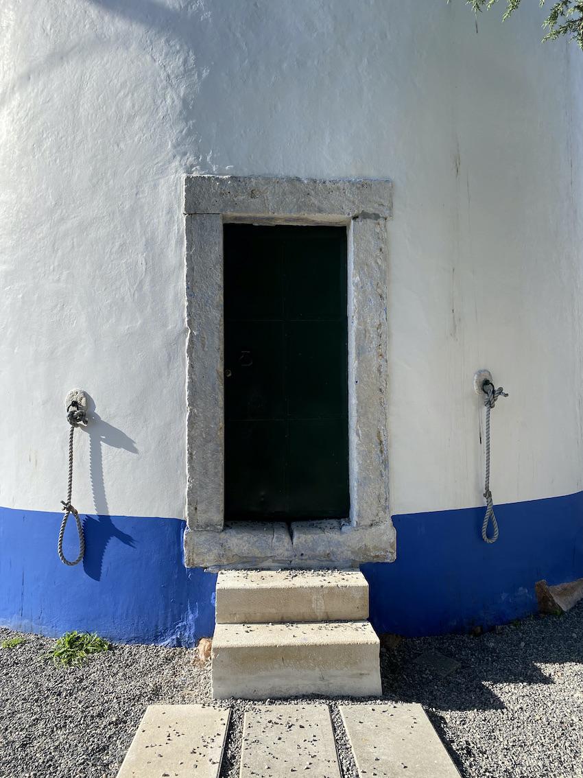 moinhos lisboa portugal