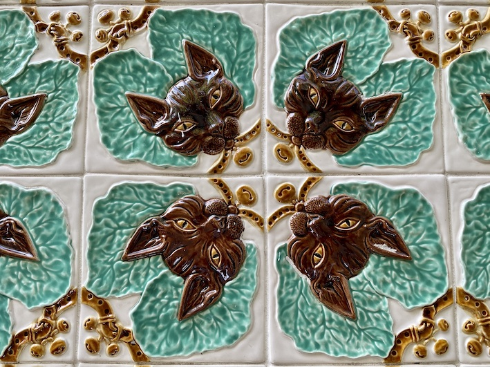 bordalo pinheiro azulejo