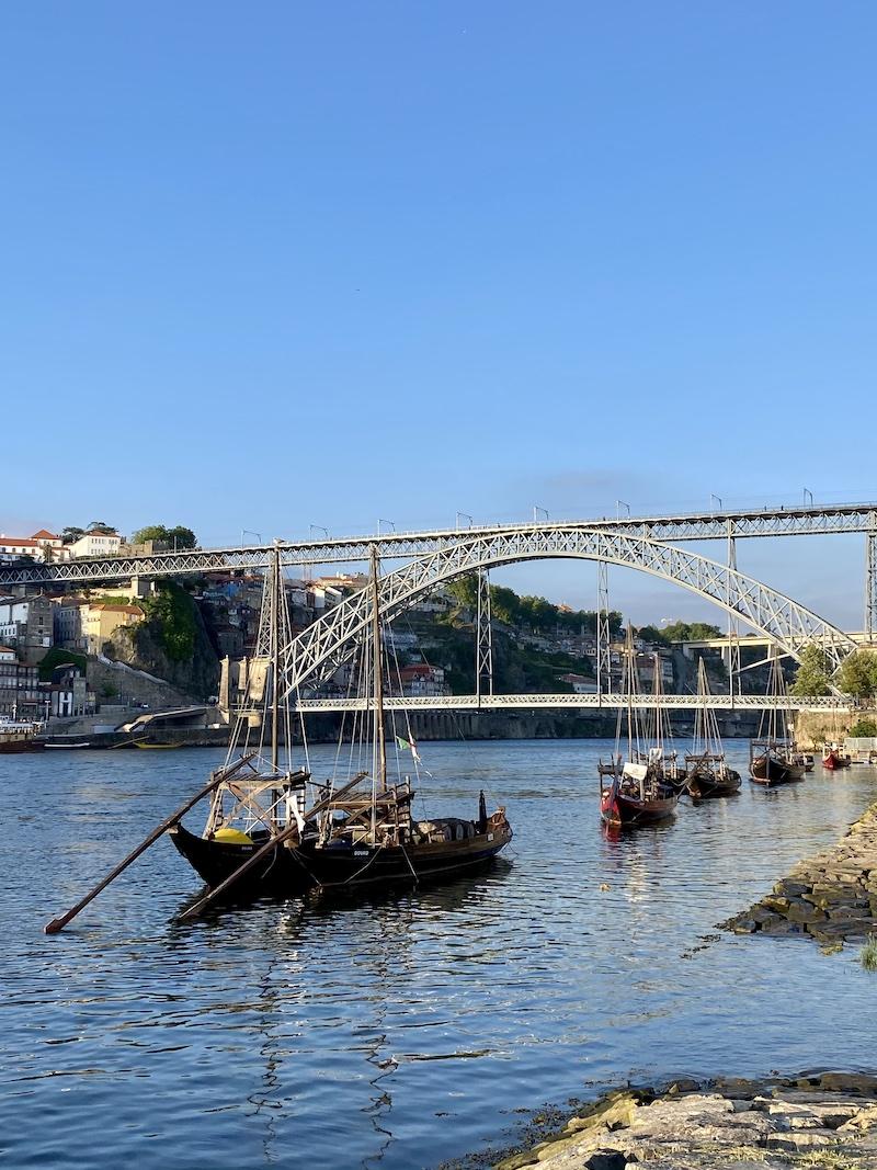 marginal gaia porto portugal