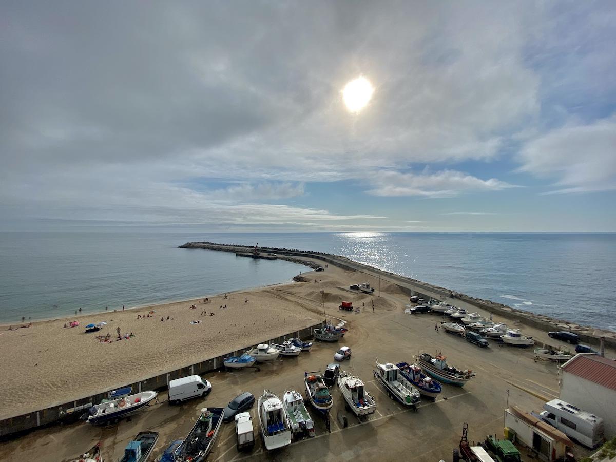 praia vila ericeira