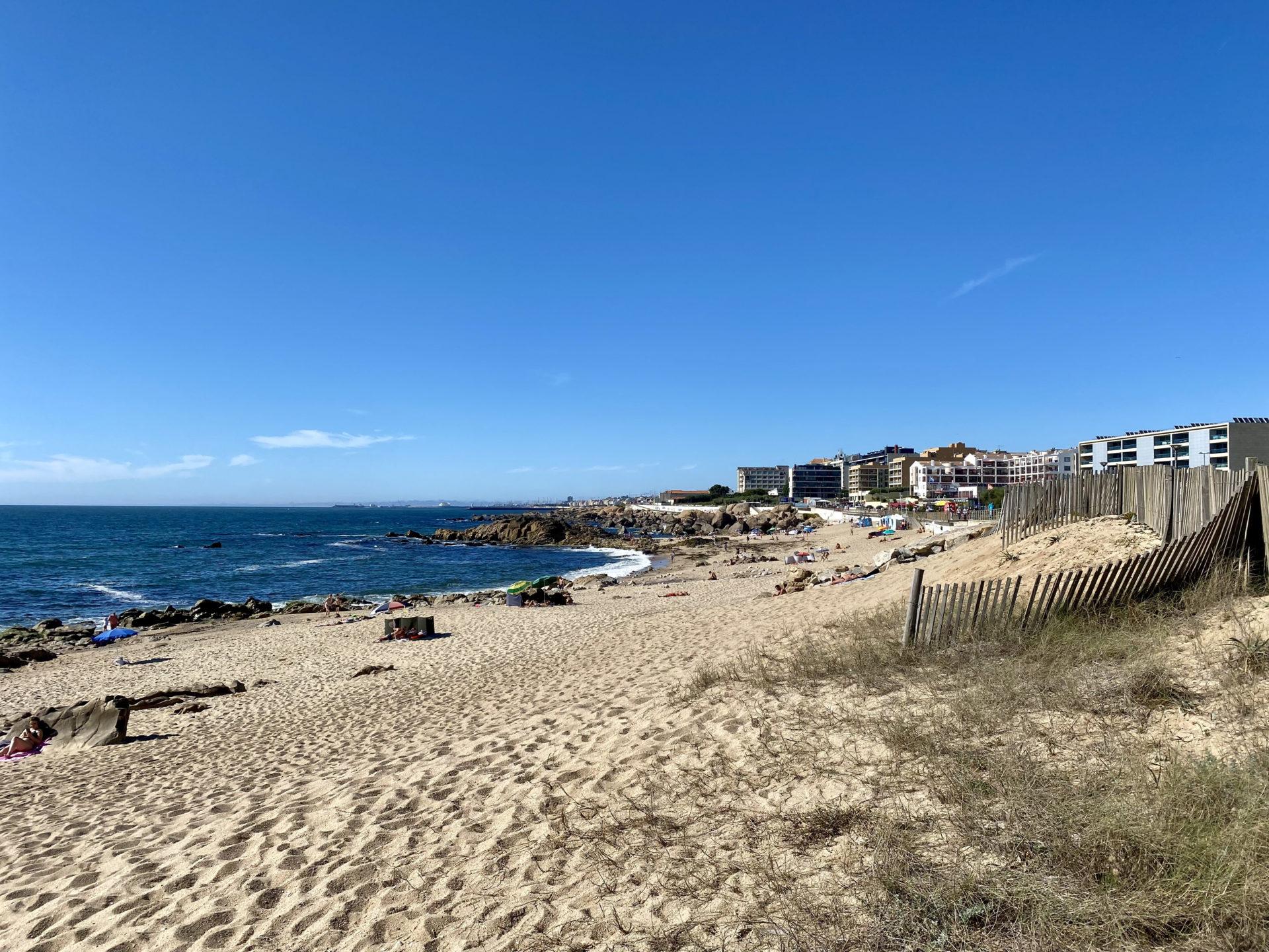 Praia das PEdras Amarelas Porto Portugal